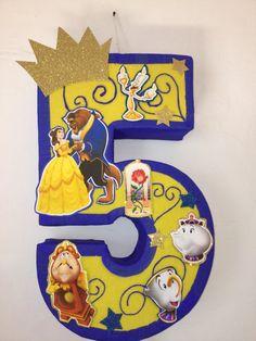 numero 5 la bella princesa piñata. Fiesta de la bella