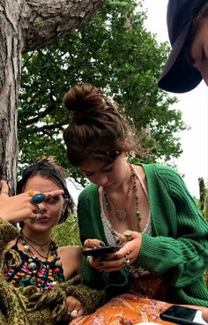 Hippie Style, Looks Hippie, Hippie Man, Hippie Life, My Style, Kombi Hippie, Indie Outfits, Fashion Outfits, Hipster Outfits