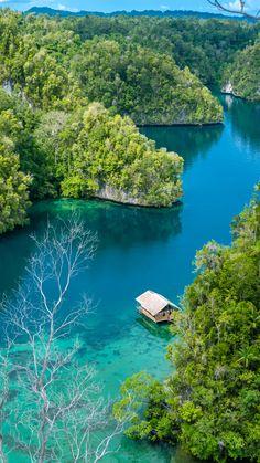 15 Breathtaking Photos of Raja Ampat, Indonesia|Pinterest: theculturetrip