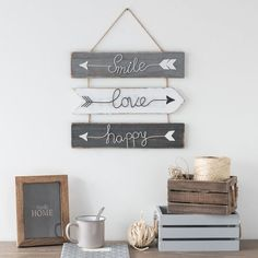 Home Decoration on Maisons du Monde. Take a look at all the furniture and decorative objects on Maisons du Monde. Diy Wall Art, Home Decor Wall Art, Diy Room Decor, Bedroom Decor, Palette Deco, Home Room Design, Aesthetic Room Decor, Diy Home Crafts, My Room