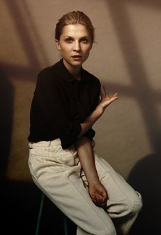 This week I am Inspired by none other than the overlooked Cleménce Poésy. Her look, her hair, her style. I am INLOVE!