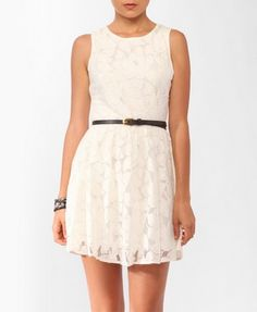 Leaf Patterned Mesh Dress w/ Belt | FOREVER21 - 2000044046