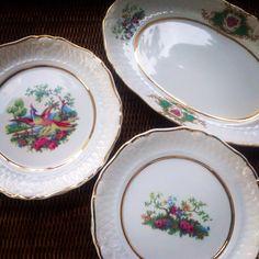 Pratos e Travessa Linha Versalhes por LG Porcelanas