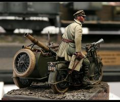 Petr Doležal Military Figures, Military Art, Motorcycle Model Kits, Trump Models, Model Hobbies, Modelos 3d, Military Modelling, Miniature Figurines, Sidecar