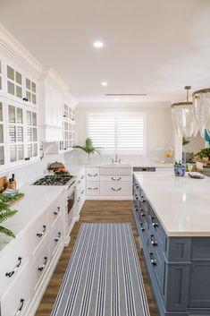 Natalee Bowen's Dreamy Hamptons Home Hamptons Style Homes, Hamptons House, The Hamptons, Kitchen Butlers Pantry, Shaker Kitchen, Island Kitchen, New Hampton, Hampton Style, Hamptons Kitchen