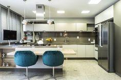 Modernistyczna kuchnia, kuchnia nowoczesna. Zobacz więcej na: https://www.homify.pl/katalogi-inspiracji/50718/kuchnia-nowoczesna-na-10-sposobow