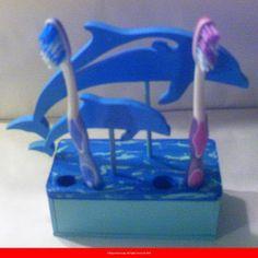 Les dauphins bleu foncé