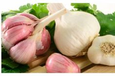 Garlic as medicine has a long history. Ancient Egyptian tombs dating back to 3700 B. Learn about the many health benefits of garlic as a supplement here! Home Remedies For Psoriasis, Warts Remedy, Garlic As Medicine, Aged Garlic Extract, Infection Fongique, Laser Eye Surgery Cost, Garlic Benefits, Cleanse Your Liver, Natural Cleanse