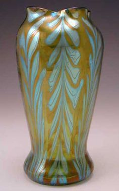 Image from http://www.titusomega.com/Images%20-%20stock/ART%20NOUVEAU/Glass/Loetz/Loetz-vase-green-feather.jpg.