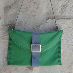http://it.artesanum.com/artigianato-borsa_a_busta_camoscio_verde-36546.html