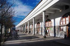 Jože Plečnik's colonnade in the Ljubljana Central Market Bauhaus, Central Market, Classic Architecture, Art Deco, Prague, Facade, Trail, Booking Com, Country