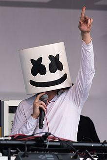 """Hello everyone! We've enlisted DJ Marshmello ( ) to produce our debut album. It will be released on April The title of the album is """"Two Very Short Songs"""" Dance Music, Music Songs, Music Videos, Alone, Marshmello Dj, Marshmello Wallpapers, Dj Mustard, Noah Cyrus, Waiting For Love"""