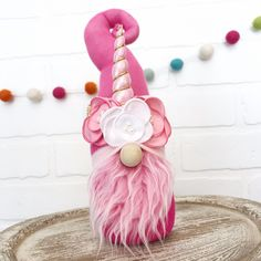 Pink and white unicorn gnome. Unicorn birthday party decor… - Decoration, Room Decoration, Decoration Appartement, Home Decor, Bedroom Decor Unicorn Room Decor, Unicorn Rooms, Valentine Decorations, Birthday Party Decorations, Spring Crafts, Holiday Crafts, Crafts To Do, Diy Crafts, Cadeau St Valentin