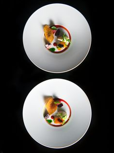 Tomato Mozza and Again by chef Paul Pairet of Ultraviolet. © Scott Wright/Limelight Studio - See more at: http://theartofplating.com/editorial/paul-pairet-on-influencing-entertaining-and-challenging/#sthash.AF3iop4t.dpuf