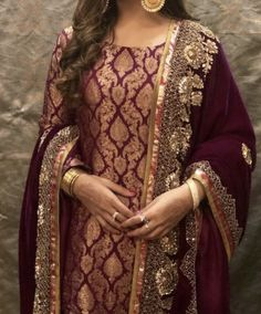 Source by hridoyashiqui dress Pakistani Fashion Party Wear, Pakistani Wedding Outfits, Indian Bridal Outfits, Indian Fashion Dresses, Pakistani Bridal Dresses, Indian Designer Outfits, Simple Pakistani Dresses, Pakistani Dress Design, Velvet Pakistani Dress
