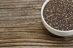 How to use chia to lose weight! Add chia seeds to your diet to lose weight and benefit from all of its properties. Protein Foods List, Best Protein, High Protein Recipes, Healthy Recipes, Protein Nutrition, Healthy Protein, Protein Sources, Healthy Smoothies, Omega 3