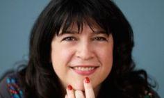 """""""50 shades of Grey""""'s author, EL James, is a beautiful curvy woman. Get her book on Amazon : http://www.ma-grande-taille.com/50-shades  On parle peu des femmes rondes qui réussissent, et pourtant, c'est le cas de EL James, auteure de #50shadesofGrey !"""