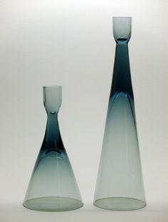 Bengt Edenfalk for Skruf - Two candleholders. Pottery Games, Kosta Boda, Candels, Scandinavian Art, Candleholders, Furnitures, Geometric Shapes, Lava Lamp, Furniture Decor