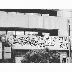 Kraken & chaton #barnart#stree2lab #dsb_graff #urbangraffitisbcn #rsa_graffiti#tv_streetart #splendid_urban#urbanromantix  #ig_barcelona #catalunyalliure #arteenlascalles #arteurbano #arteurbanobarcelona##dopeshotbro #vimural #arteenlascalles #artalcarrer  #tv_streetlife by fans_del_arte_urbano