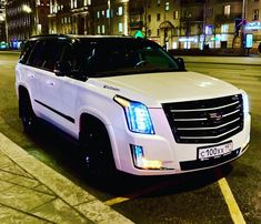 Top Luxury Cars, Luxury Suv, Super Sport Cars, Super Cars, Fancy Cars, Cool Cars, Limousine Interior, Lux Cars, Honda Cars