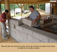 Hemp and concrete. Make your own blocks from your own mold. Eco-construction hemp natural habitat - CHANVRIBLOC: The solution for insulating block-based hemp and lime