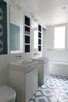Carrelage salle de bain - Argentine - GCG ARCHITECTES Dream Apartment, Smart Storage, Bath Vanities, Argentine, Interior Decorating, Sweet Home, New Homes, Mirror, Design