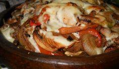 Сач с пилешко месо и гъби - Рецепта. Как да приготвим Сач с пилешко месо и гъби. Нарежете <a href= http://gotvach.bg...