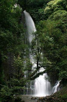 Cataratas los chorros Grecia Costa Rica
