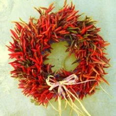 How to make Chili Pepper Wreath - DIY Craft Project with instructions from Craftbits.com