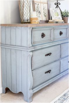 How to Use Antique Glaze Dark Wax Painted Furniture: Which one should you use? This side by side comparison will help you know which to use! Call Us Waxing Painted Furniture, Chalk Paint Furniture, Furniture Projects, Home Furniture, Furniture Design, Cheap Furniture, Furniture Stores, Furniture Websites, Furniture Plans