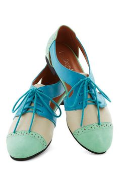 Cutout and About Town Flat in Mint, #ModCloth