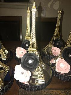 Simple, but fancy! Paris Quinceanera Theme, Quinceanera Party, Eiffel Tower Centerpiece, Paris Theme Centerpieces, Paris Themed Birthday Party, Birthday Party Themes, Paris Sweet 16, Paris Baby Shower, Parisian Party