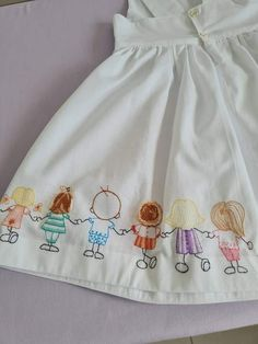 Hand Embroidery Videos, Baby Embroidery, Flower Embroidery Designs, Newborn Girl Dresses, Little Girl Dresses, Girls Dresses, Baby Skirt, Baby Dress, Baby Fabric