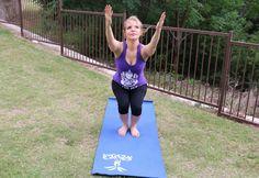 #ad #forwhatmattersmost Llego la primavera y retomé mis prácticas de Yoga, claro al principio estaba súper adolorida encontré un aliado en  La historia completa en mi #blog #checalamovie . También te comparto como decorar tu #yogamat #diy #project #healthylifestyle #modernlife #heath #yoga #practice
