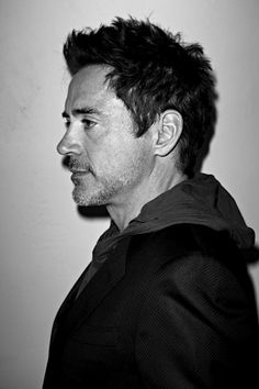 Robert Downey Jr., how can he be so ugh!