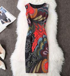Magnetic Vintage Floral Print Dress