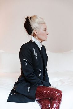 Alexander McQueen Muse And Collaborator Daphne Guinness on that iconic hair, shopping for beauty products and dressing for the stage versus real life.