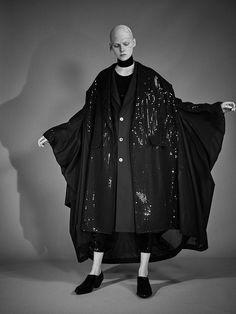 Runway Fashion, Fashion News, Fashion Beauty, Fashion Show, Fashion Trends, Vogue Paris, Backstage, Bunka Fashion College, Junya Watanabe
