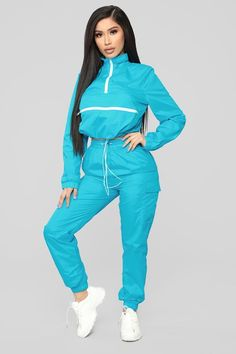 Available In Teal, Pink, And Piece Set: Pullover Jacket & JoggersFront Zipper DetailBungee CordCargo Pocket Nylon Grunge Outfits, Cute Swag Outfits, Sporty Outfits, Fashion Outfits, Womens Fashion, Style Hip Hop, Ropa Hip Hop, Fashion Nova Models, Fashion Updates