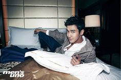 Super Junior's Siwon to join Jackie Chan and John Cusack in upcoming action movie 'Dragon Blade' | http://www.allkpop.com/article/2014/06/super-juniors-siwon-to-join-jackie-chan-and-john-cusack-in-upcoming-action-movie-dragon-blade