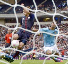 サッカー日本男子、スペイン下す 大津のゴールで1-0