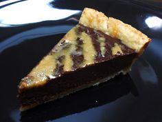 Tarte au chocolat noir et au caramel