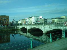 Cork < Ireland >
