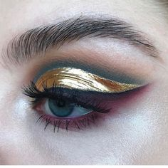 """4,843 Likes, 33 Comments - H O U S E O F C A A K E (@houseofcaake) on Instagram: """"Wow love this @stella.s.makeup . . . . . #beauty #beautyblog #beautyblogger #makeup #makeupmafia…"""""""