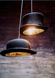 home_decor - wooster pendant light, decorative hat chandelier, bowler hat lamp, kefe bar restouraut lighting f Diy Luz, Luminaire Original, Diy Luminaire, Diy Pendant Light, Pendant Lamps, Pendant Lights, Architecture Art Design, Bowler Hat, Diy Hanging