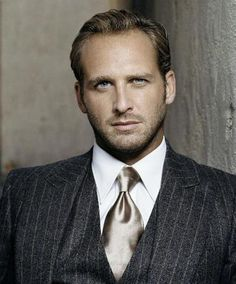 Like this suit and tie - Josh Lucas.  This is amazing.  Grey has always been a favorite color of mine.
