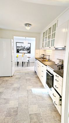 Compact Classic Kitchen . Service Apartment in Sweden, Mariestad city.