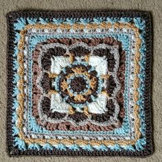 26 July 2016 Time to tackle some more ambitious Polly Plum squares for a cosy Afghan, cushion cover, wall hanging… whatever takes my fancy. Crochet Granny Square Afghan, Crochet Blocks, Granny Square Crochet Pattern, Crochet Squares, Crochet Motif, Granny Squares, Granny Granny, Motifs Afghans, Crochet Stitches Patterns