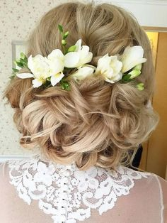 Long wedding hairstyles and wedding updos from Websalon Weddings / http://www.deerpearlflowers.com/websalon-weddings-wedding-hairstyles-and-updos/2/