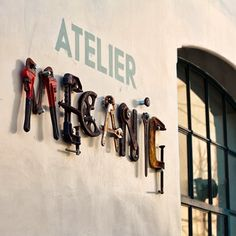 great signage: Atelier Mecanic (Mechanical Workshop) - Designed by Corvin Cristian Atelier Loft, Garage Atelier, Paleterias Ideas, Unique Cafe, Typography Inspiration, Design Inspiration, Design Ideas, Mechanic Shop, Mechanic Garage